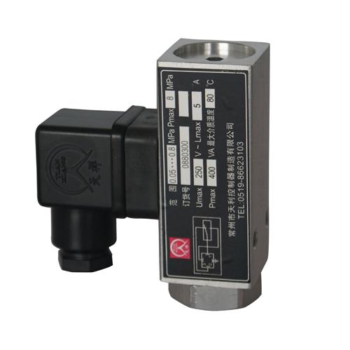 500/18D压力控制器