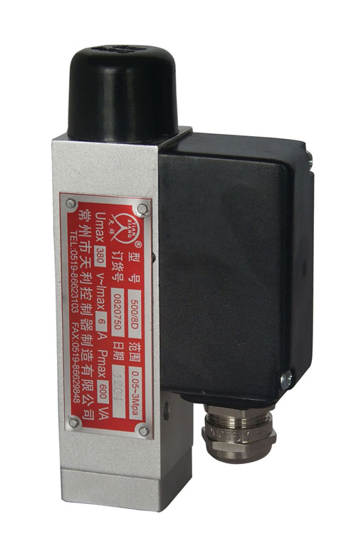 500/8D压力控制器