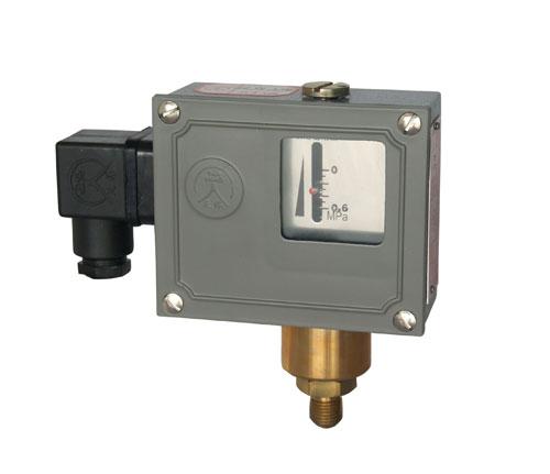 502/7D-C小型压力控制器
